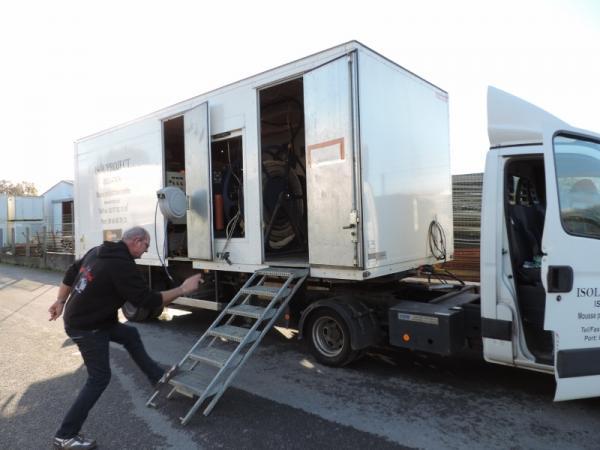 camion remorque iveco transformation vow sur. Black Bedroom Furniture Sets. Home Design Ideas